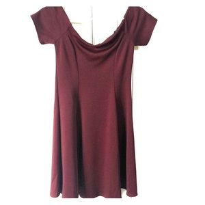 Short Wine Colored Short Sleeved Shoulder Dress